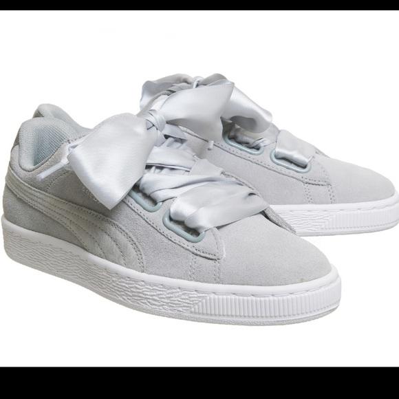 4fb969169f7016 Puma Suede Heart Safari Sneaker. M 5adb56cda44dbe22f2566f69